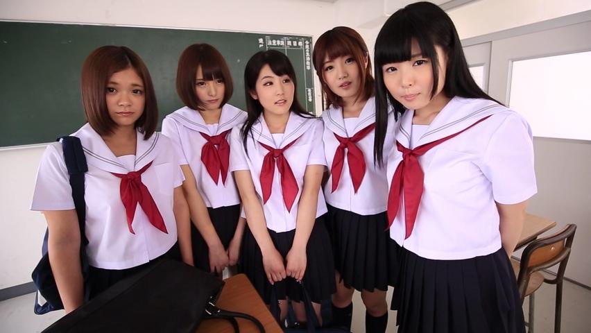 女子校生5人組