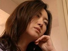 東条美菜 夫が勃起不全の為、他人棒で不倫を繰り返す美魔女の団地妻。ヘンリー塚本作品