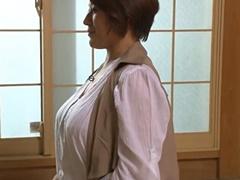 松浦やち代 おっぱいの大きいぽっちゃり四十路妻がオナニーや中出し交尾で魅せます!