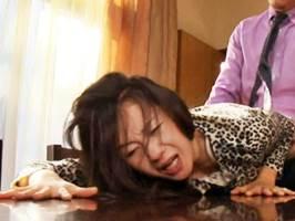 大沢萌|ヘンリー塚本|娘の入院中に婿に中出しされるマダム
