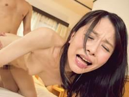 【四十路】夫に隠れて息子に性教育を施す美人マダム。井上綾子