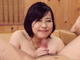 【五十路】Lカップ爆乳のマダムが豊満な肉を使って若者に奉仕。富沢みすず