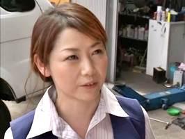 【ヘンリー塚本】社員を誘惑して交尾に誘う好色社長夫人。沢村麻耶
