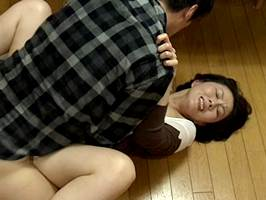 【ヘンリー塚本】望まぬ性交を迫られたけど絶頂するマダム。円城ひとみ