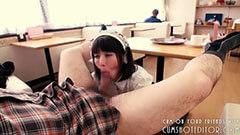 フェラチオするメイド姿の大沢佑香のサムネイル画像3