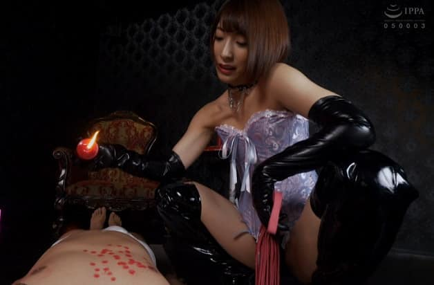 【阿部乃みく】完全主観!童顔美少女のSM女王様にマゾ調教される苦痛快楽地獄