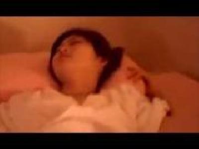 スマホ個人撮影 「ああっ気持ちいぃ~♡」彼氏の友達とNTRセックスしてよがりまくるゲス女…!!