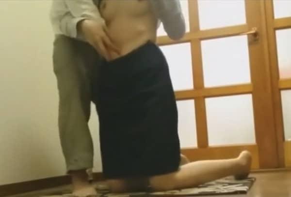 【個人撮影】バレたらクビだろ…生協の保険外交員による生々しい枕営業の動画がこちら