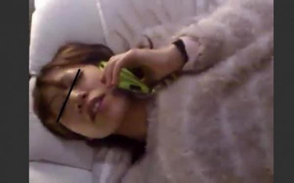【個人撮影】寝取った人妻にガチで旦那に電話させながらハメ撮りした男がSNSに晒した動画がこちら