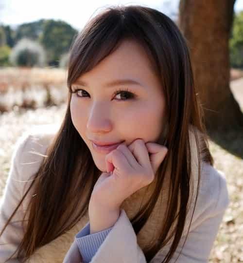 新垣結衣似な美人受付嬢。綺麗系?可愛い系?両方兼ね備える芸能人似な美女の丸出し姿《無修正もアリ》