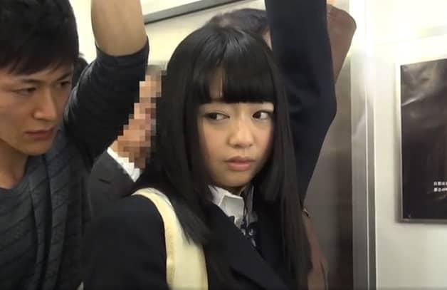 【チカンvs痴女JK】電車内で地味系の大人しそうな美少女にチカンしたら豹変しド変態女子校生へ変貌
