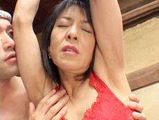 【無修正】岡ゆりこ 五十路熟女調教