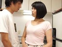 ダイスキ!人妻熟女動画 :スレンダー四十路母の肉体を弄びイラマチオで口内射精する息子 新尾きり子