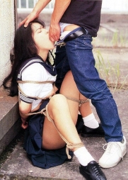 まだピチピチな若い躰を拘束して自由に躾けられる幸せなエロ画像(45枚)07
