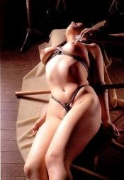 まだピチピチな若い躰を拘束して自由に躾けられる幸せなエロ画像(45枚)39