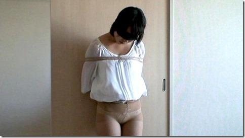 こんな妻の姿が見たい!。全裸よりヌケる着エロ緊縛画像23