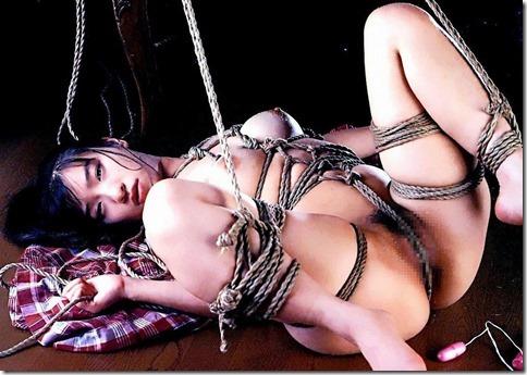 神々しい程に芸術的な牝奴隷の姿に猛々しくオッキしてしまう男達の性を見抜く画像40枚09