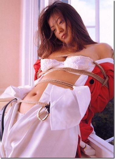こんな妻の姿が見たい!。全裸よりヌケる着エロ緊縛画像