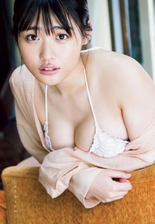石田桃香の画像004