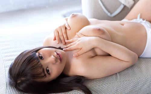 【エロ画像】綺麗なお姉さんの綺麗なおっぱい Vol.63