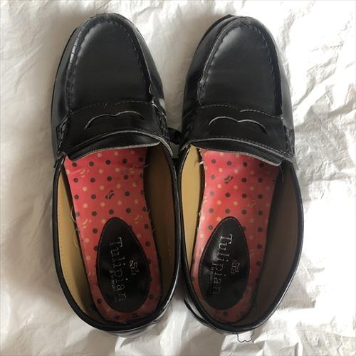JKの足の匂いがたっぷり染みついた着用済みローファー画像 25枚