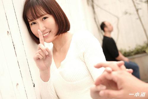 佐山優香Eカップ美乳おっぱい1