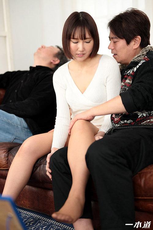 佐山優香Eカップ美乳おっぱい33