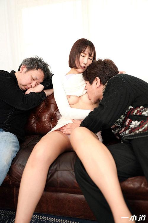 佐山優香Eカップ美乳おっぱい34