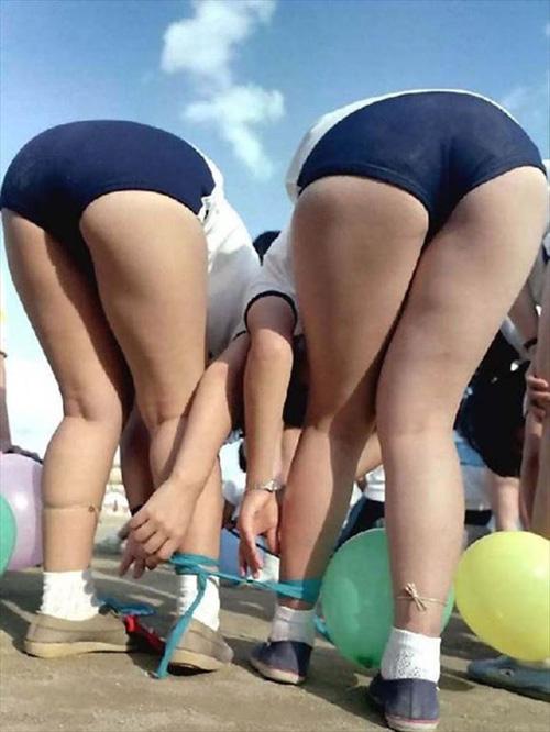 ブルマからハミ尻してる女子学生のエロ画像 60枚