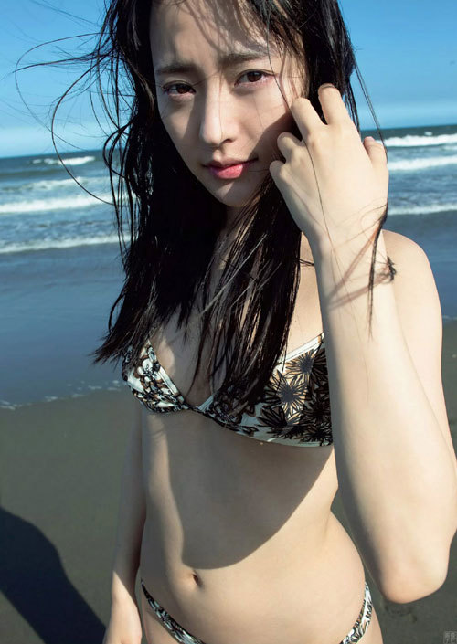 高崎かなみ 正統派美少女のぷっくり美乳