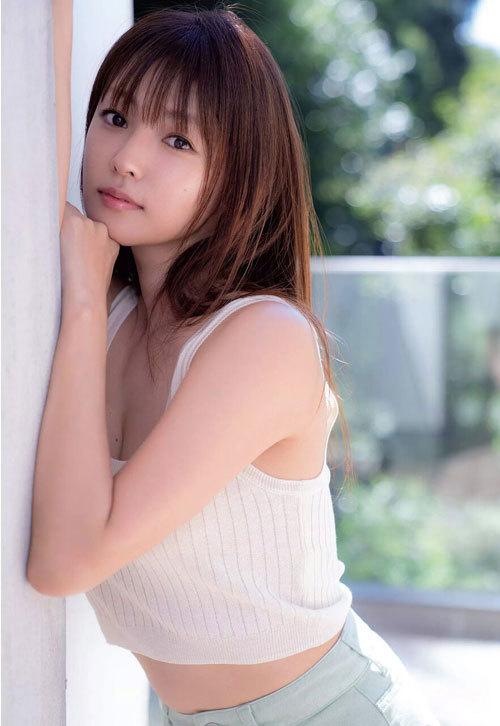 深田恭子さんの美乳おっぱいとお尻が素敵過ぎ7