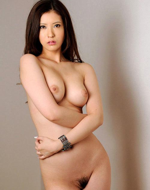 全裸でおっぱいとマン毛見せて誘惑する女の子20