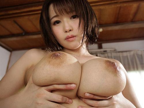 凪沙ゆきの Iカップ神乳おっぱい美少女が中年オヤジに人生で最もイカされる