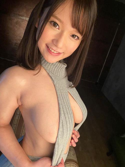 復活の天然IカップAV女優 桃園怜奈が初の写真集を出すぞ!