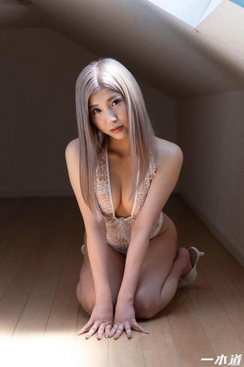 柊麗奈 Eカップ美巨乳おっぱい1