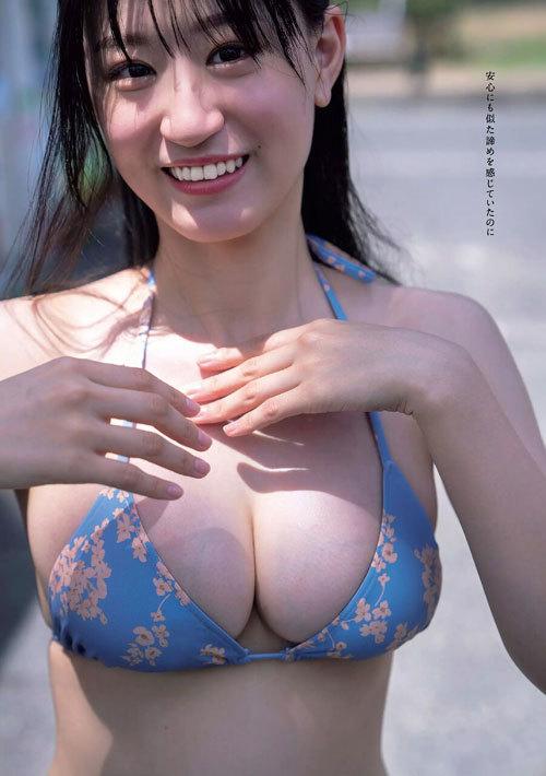 NNMB48上西怜のおっぱいハミ出そうな巨乳水着5