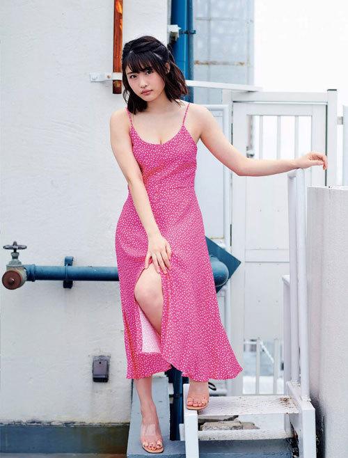 石田桃香 浪速のピーチ姫のおっぱいに釘付け62