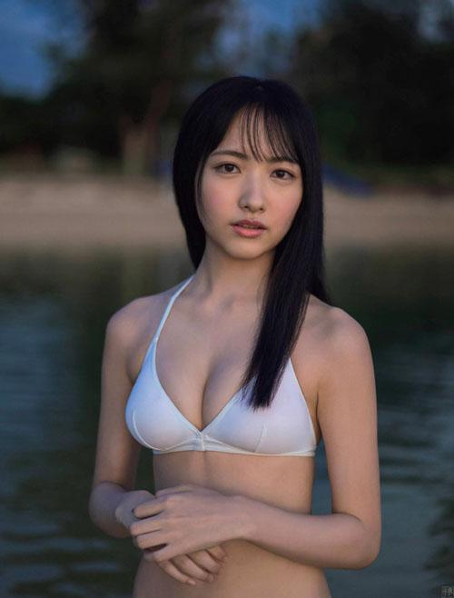 STU48石田千穂 感動の初ビキニ
