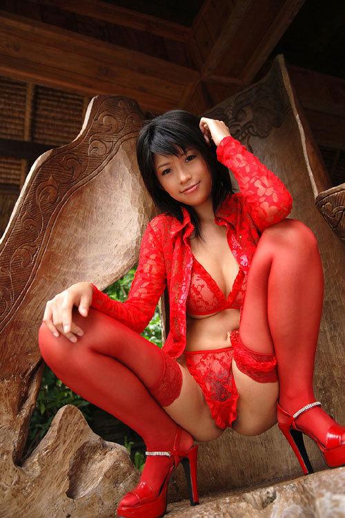 クリスマスは真っ赤な下着のサンタのおっぱい8