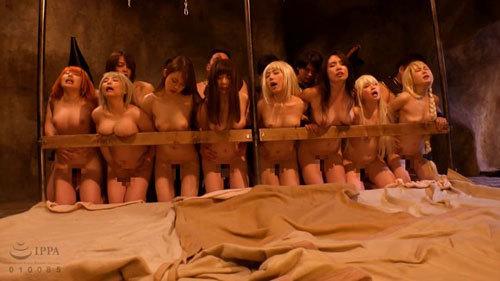 今夜は性夜なので乱交のエロ画像 part4