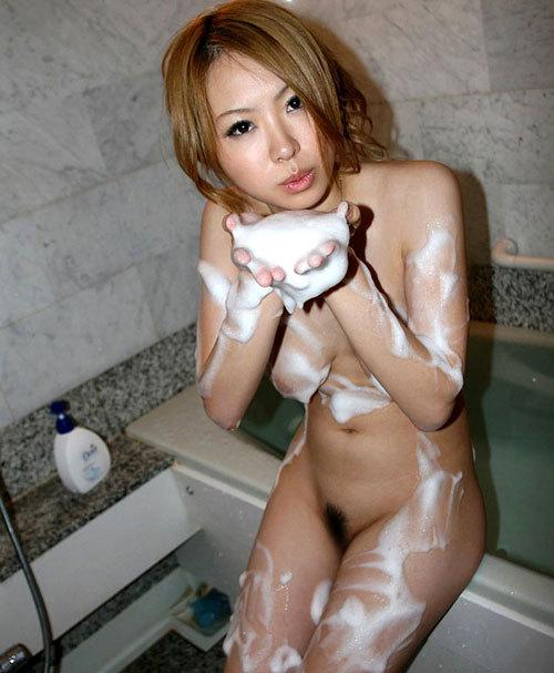石鹸の泡でヌルヌルのおっぱい揉みまくりたい4