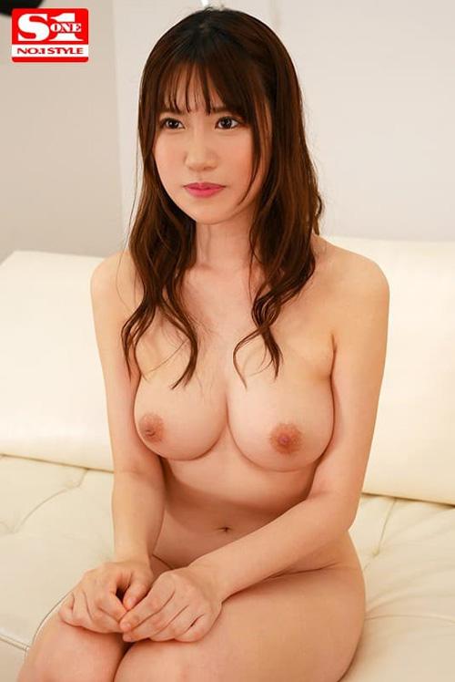 【花宮あむ】高身長で美巨乳のモデル級美少女が連続中出しセックス