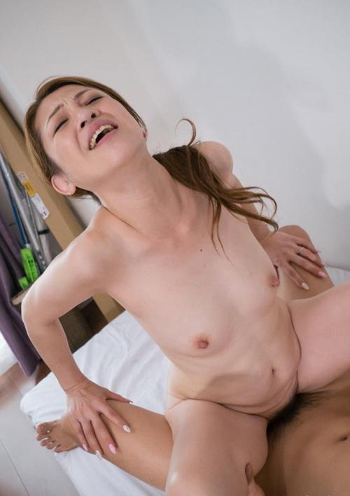 熟女SEX画像 四十路マダムが肉棒の快感に悶えてる90枚