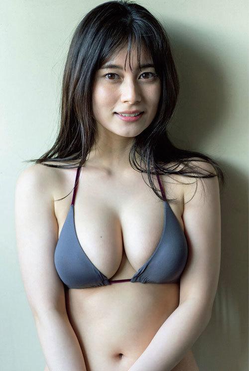 大久保桜子 ヒロインの巨乳おっぱいに釘付け5