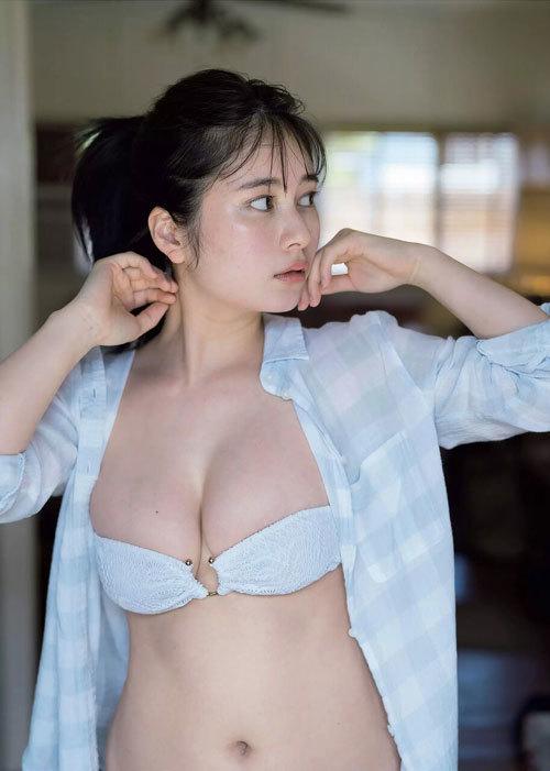 大久保桜子 ヒロインの巨乳おっぱいに釘付け17
