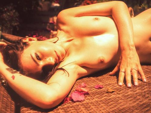 米国人写真家 Kesler Tran のヌードグラビア画像41枚
