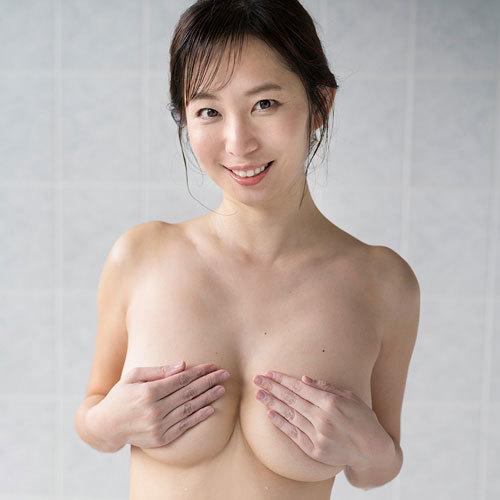 塩地美澄(38) フリーアナウンサーが手ブラヌードでアラフォーの色気で悩殺