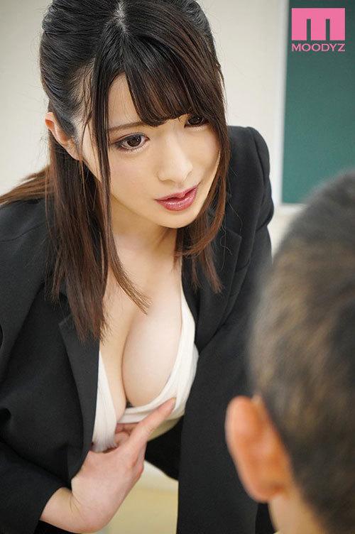 先生のおっぱいHカップなんだけど触ってみる?-彼女がいる生徒をパイズリ連射で逆NTR女教師- 辻井ほのか2