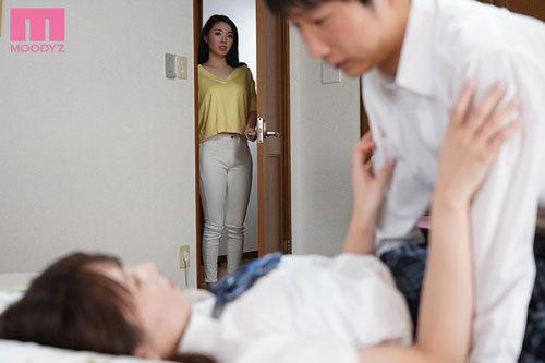 娘の不在中、娘の絶倫彼氏に恥ずかしいほどイカされて… 瀬名ひかり9