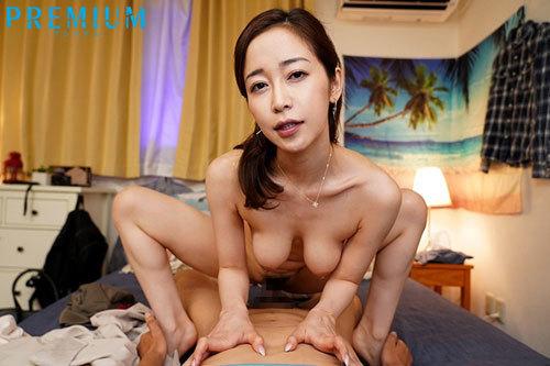 美女に身をまかせて快感射精!騎乗位で精子をどっきゅどきゅ吸い取ってくれる幼なじみのお姉さんと過ごした3日間。 篠田ゆう10